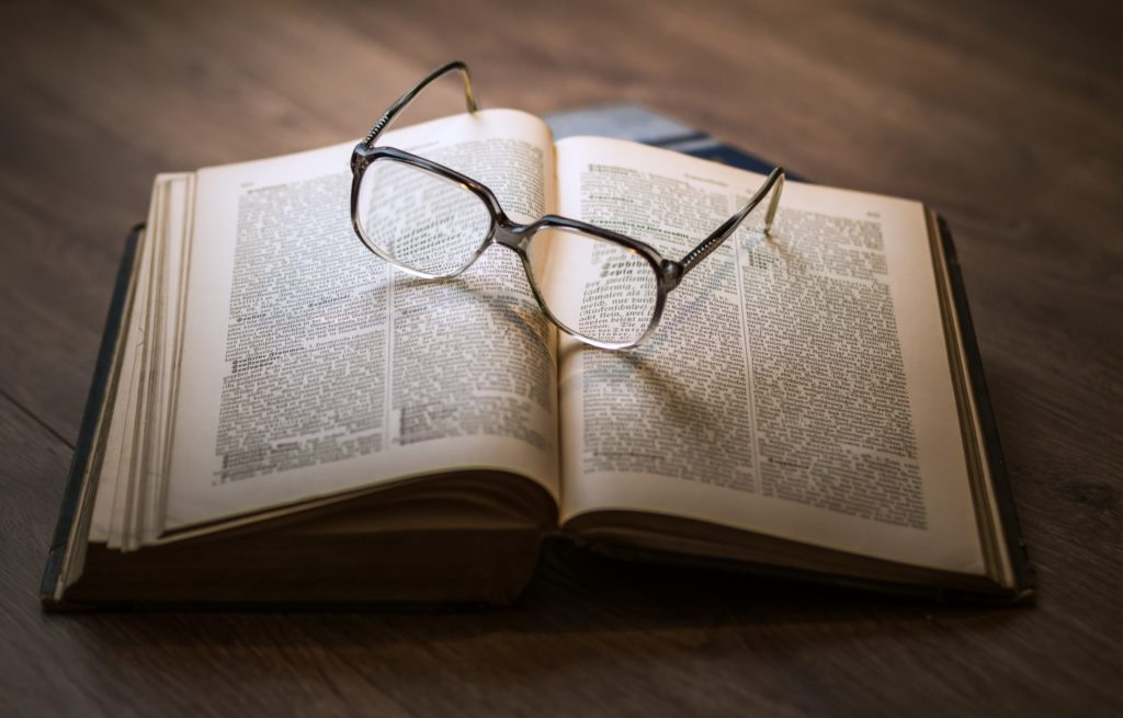 book and glasses - indicates an academic link